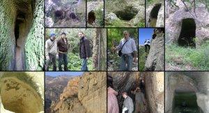 larch-imbesi-con-alcuni-membri-del-gruppo-di-ricerca-durante-le-esplorazioni-del-territorio